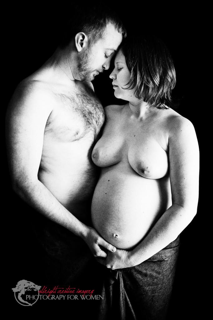 Kalamazoo pregnant couple